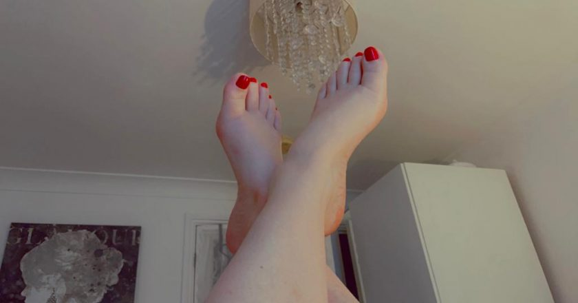 Are you a foot addict?
